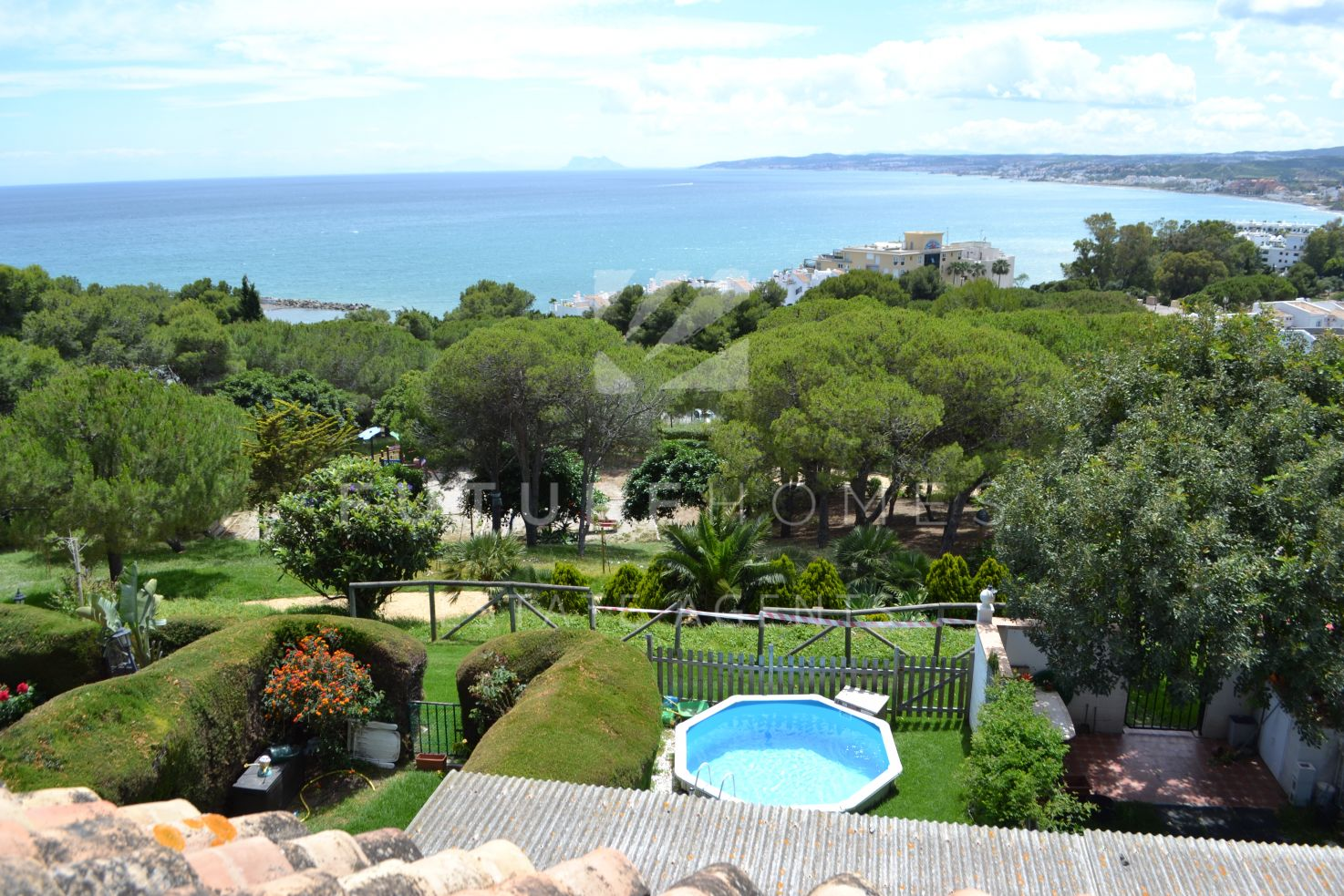 Townhouse in Seghers Estepona with spectacular sea views