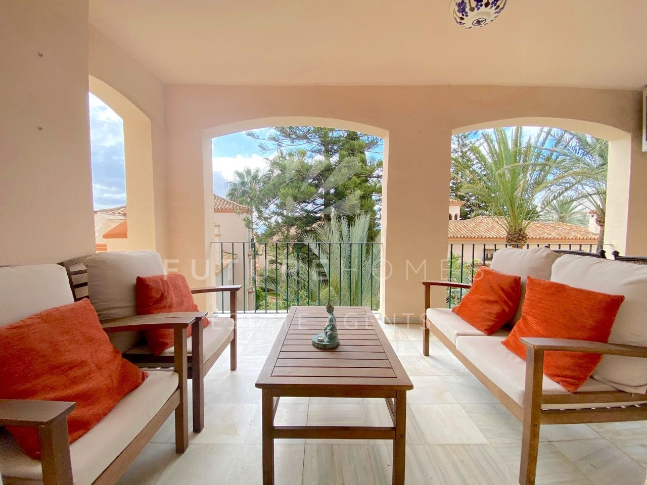 Superb apartment for sale in Belgravia Club Estepona