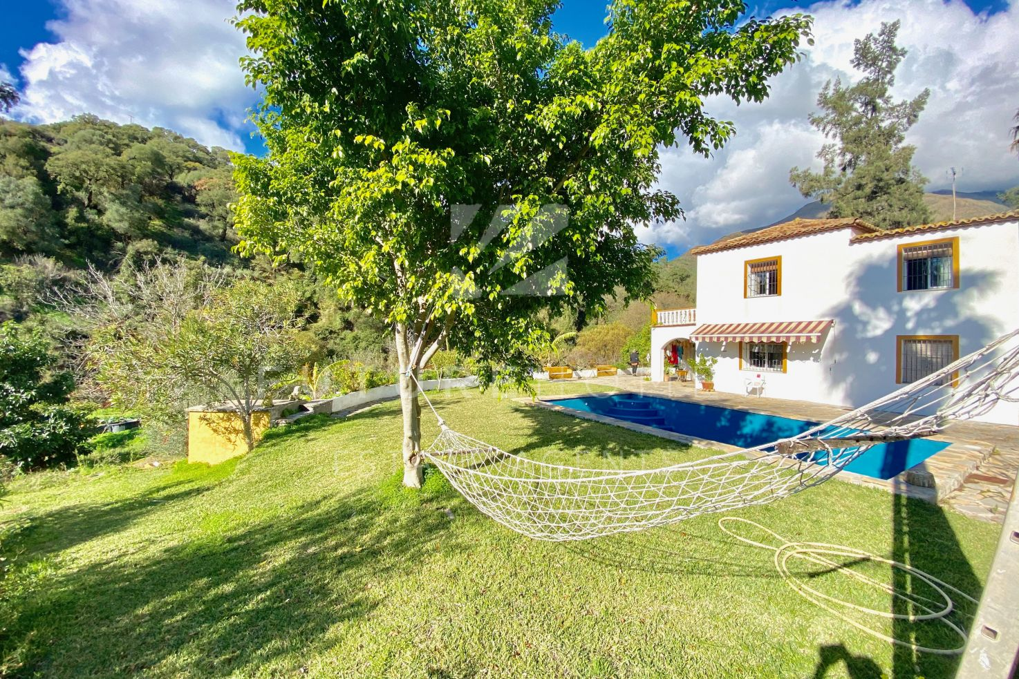 Beautiful country finca in the picturesque Casares valley