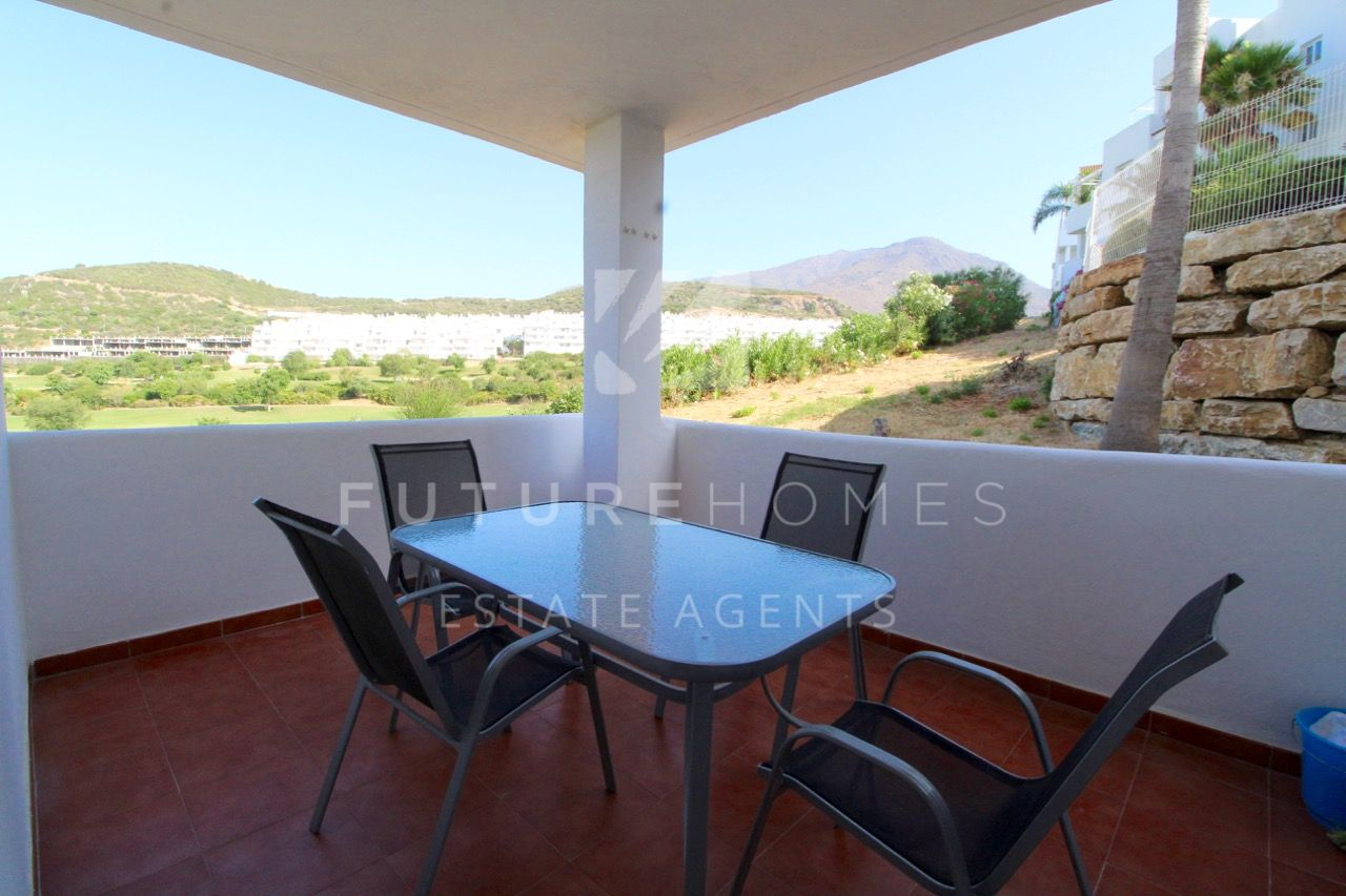 Fantastic front line golf apartment in Valle Romano!