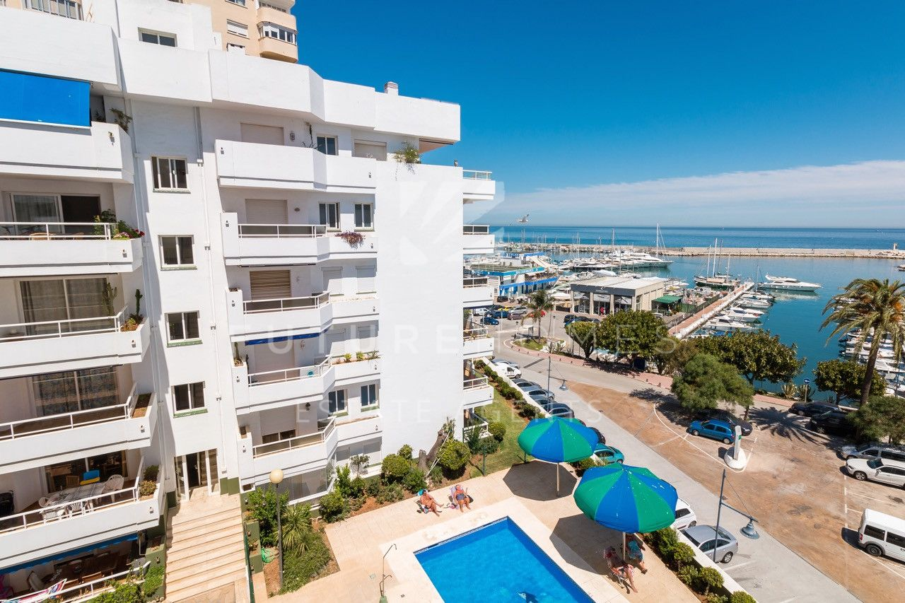 Ground floor apartment for sale in ESTEPONA PORT