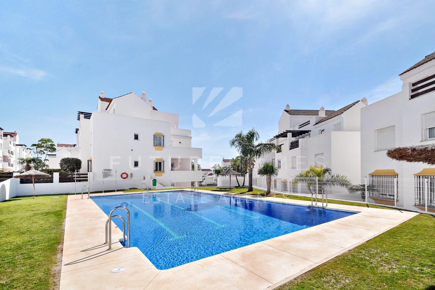 Fantastic front line golf apartment for sale in Valle Romano Estepona!
