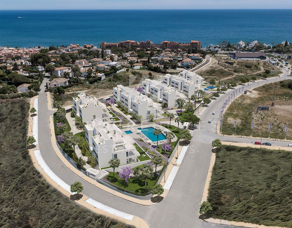 Modern and bright apartments for sale in Stellaris Costa just 5 mins from Estepona port
