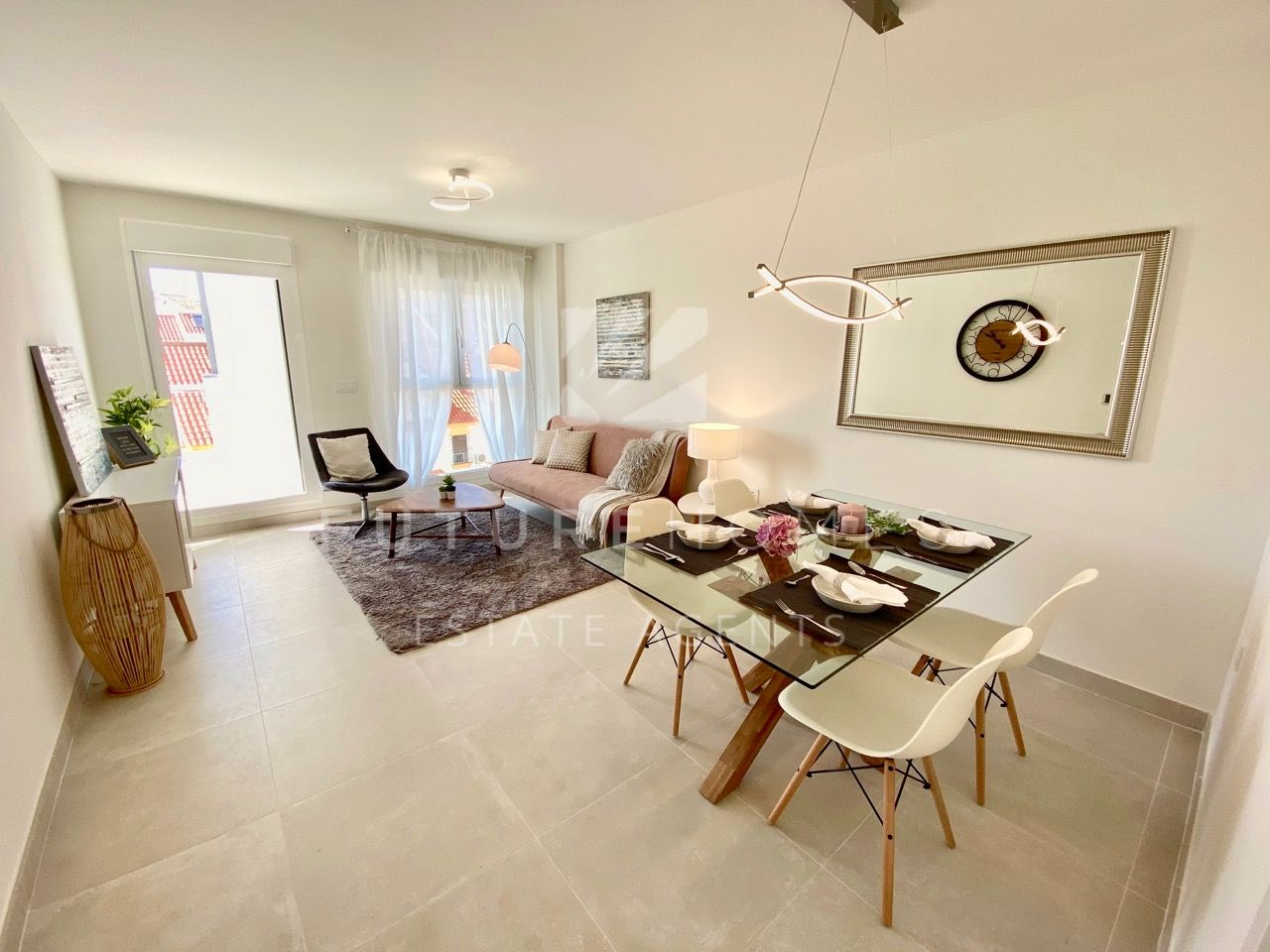 BRAND NEW modern apartment next to Estepona marina!