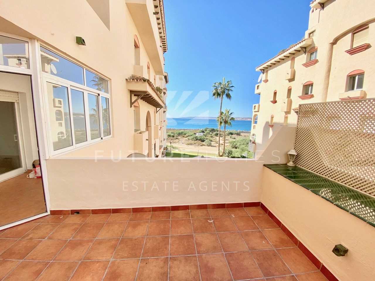 Estepona Port! One bedroom apartment for sale with sea views and a garage space