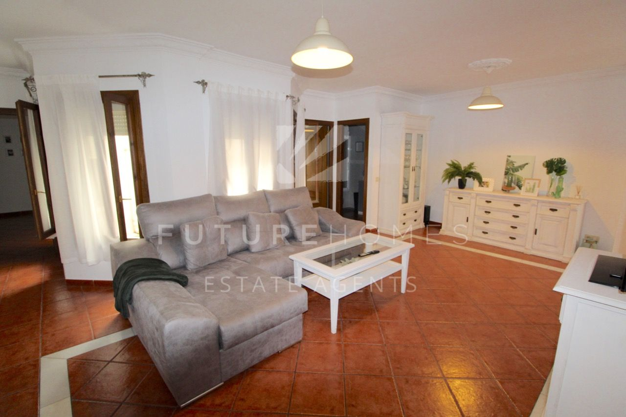 Spacious apartment for sale in the heart of Estepona old town