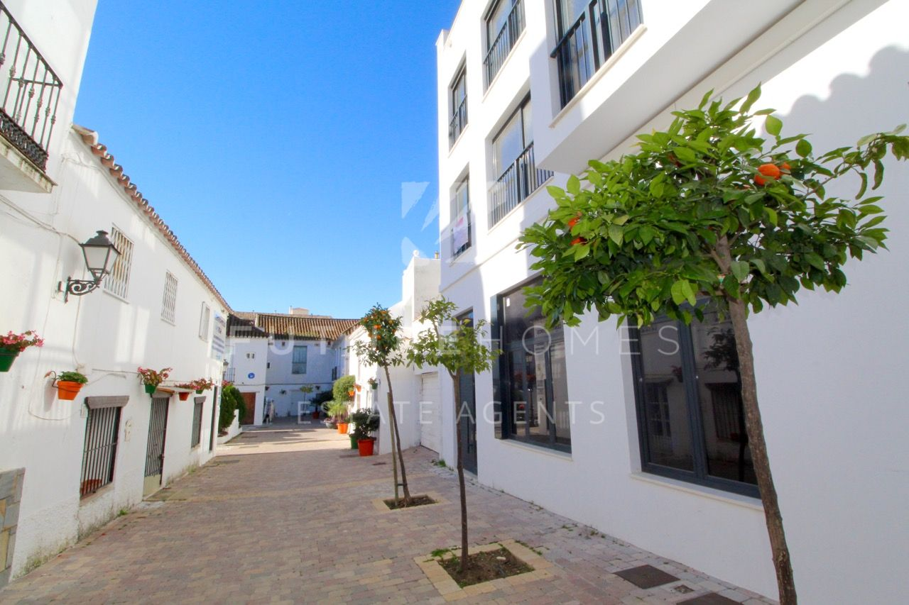 Brand new modern apartment in the heart of Estepona old town