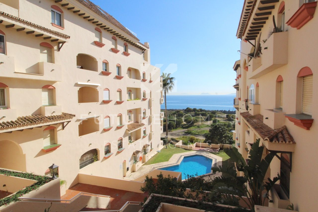 Opportunity!!! Fantastic apartment next to Estepona Port!