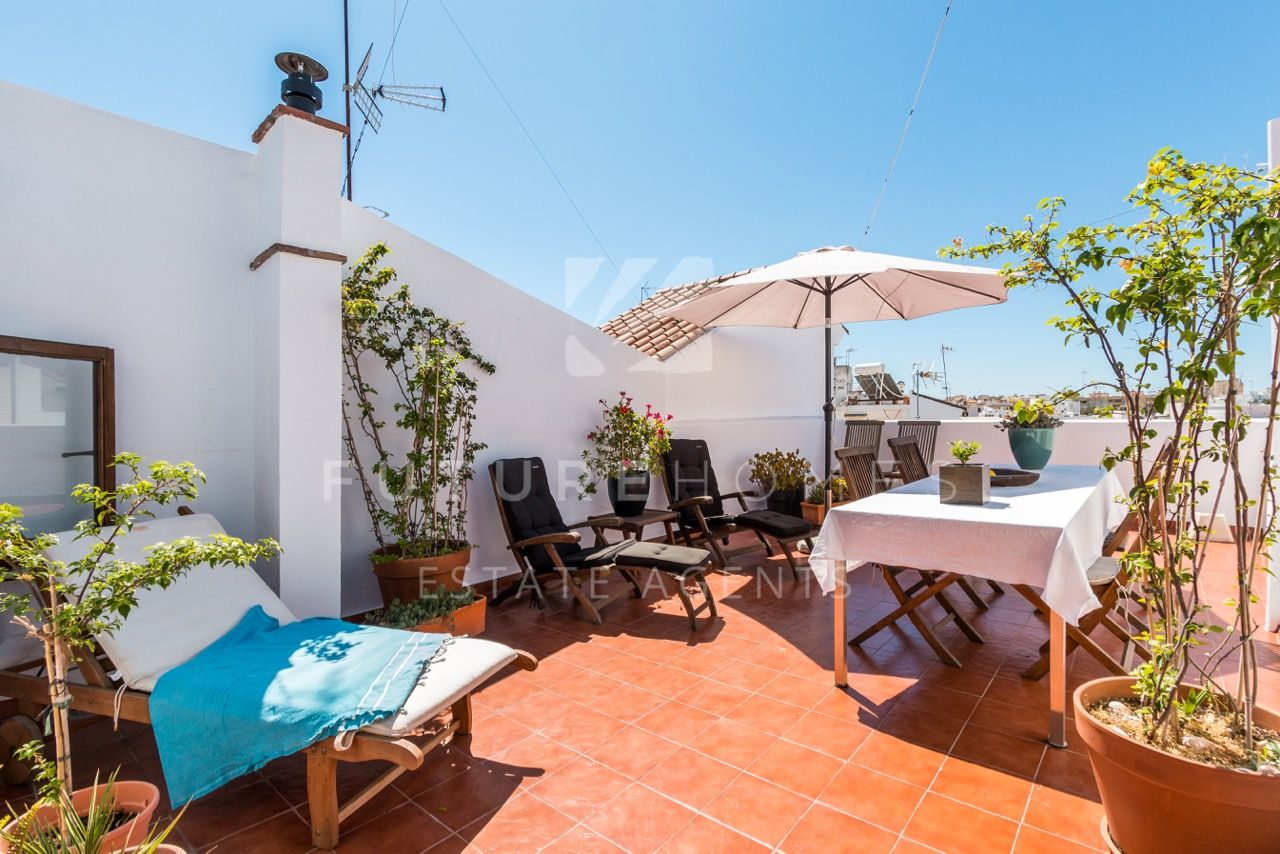 Estepona Old Town! Unique opportunity to purchase two adjoining apartments with amazing roof terrace