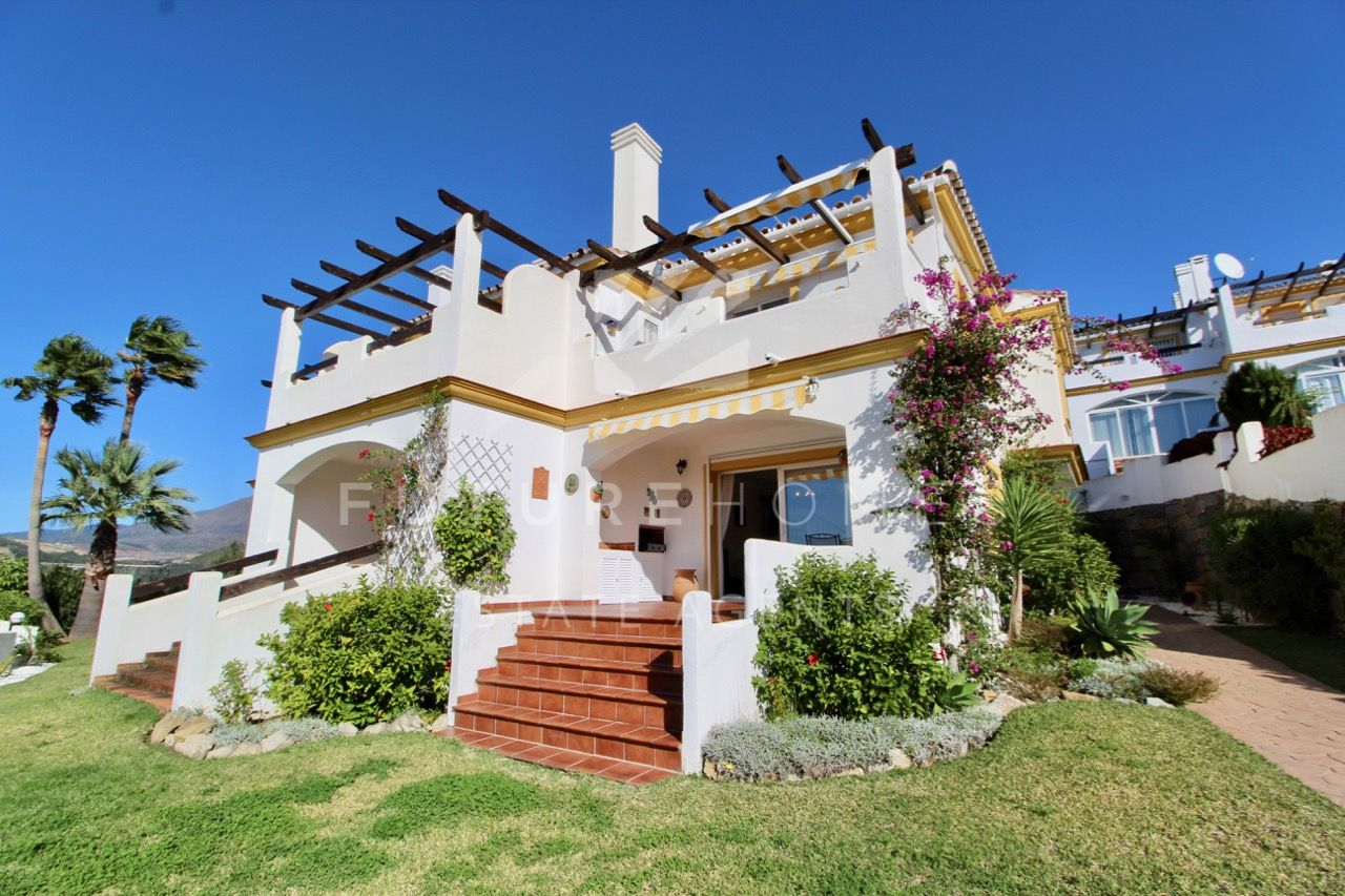 Immaculate and spacious townhouse for sale in gated community in Don Pedro, Estepona