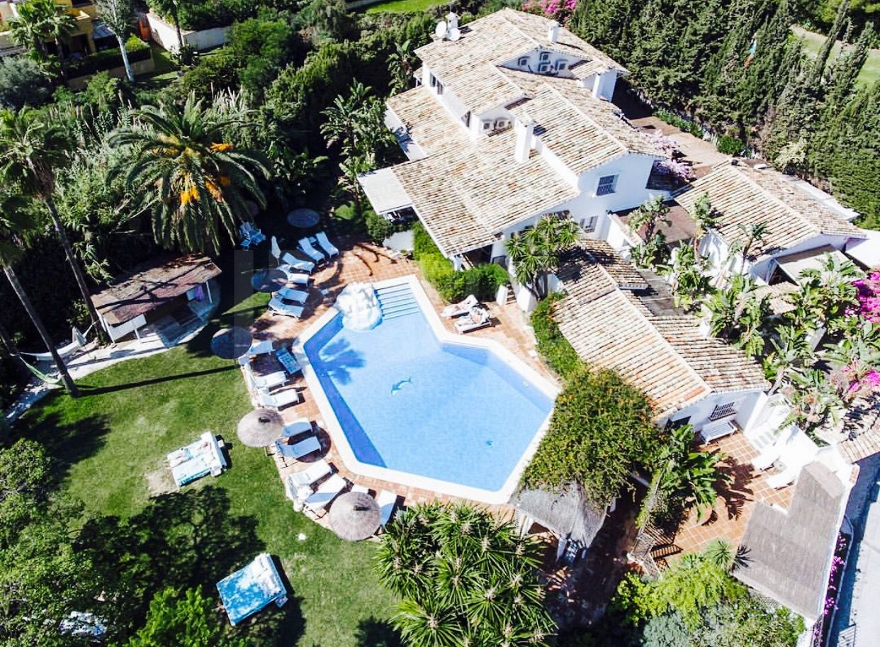 Great villa hotel in Marbella Golden Mile