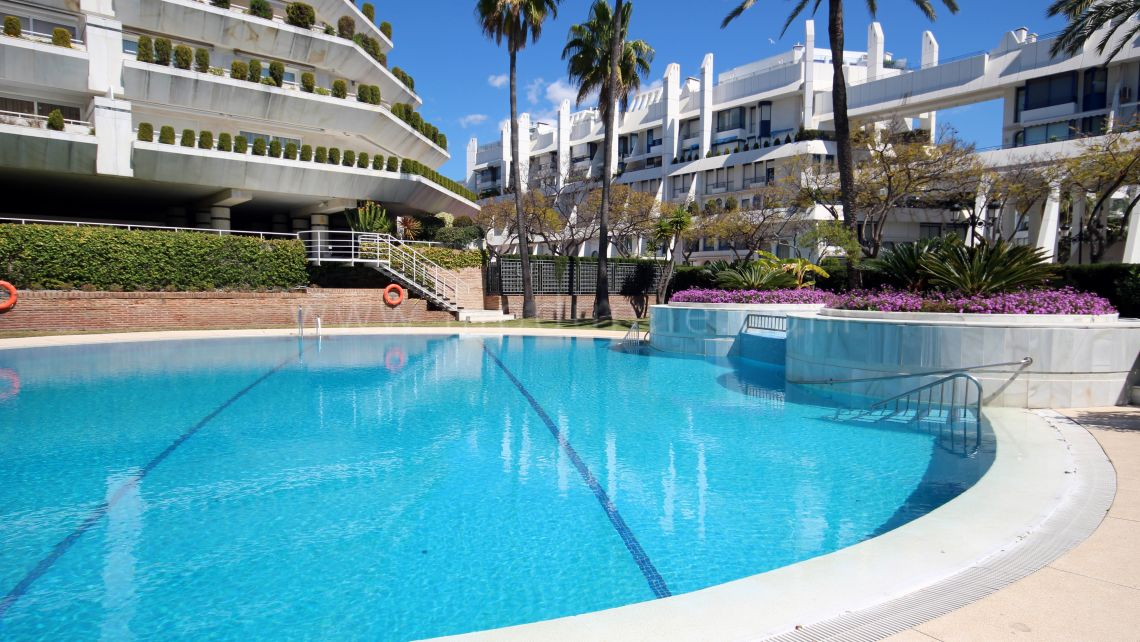 Beachside apartment in Marbella center