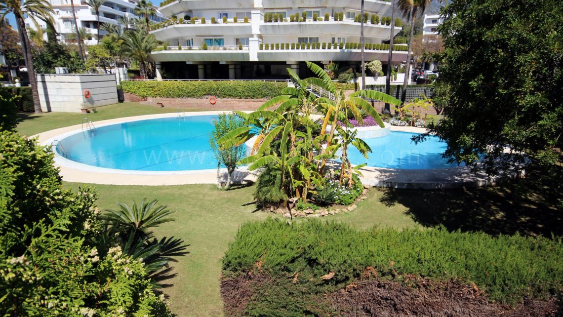 Marbella City, Beachside apartment in Marbella center