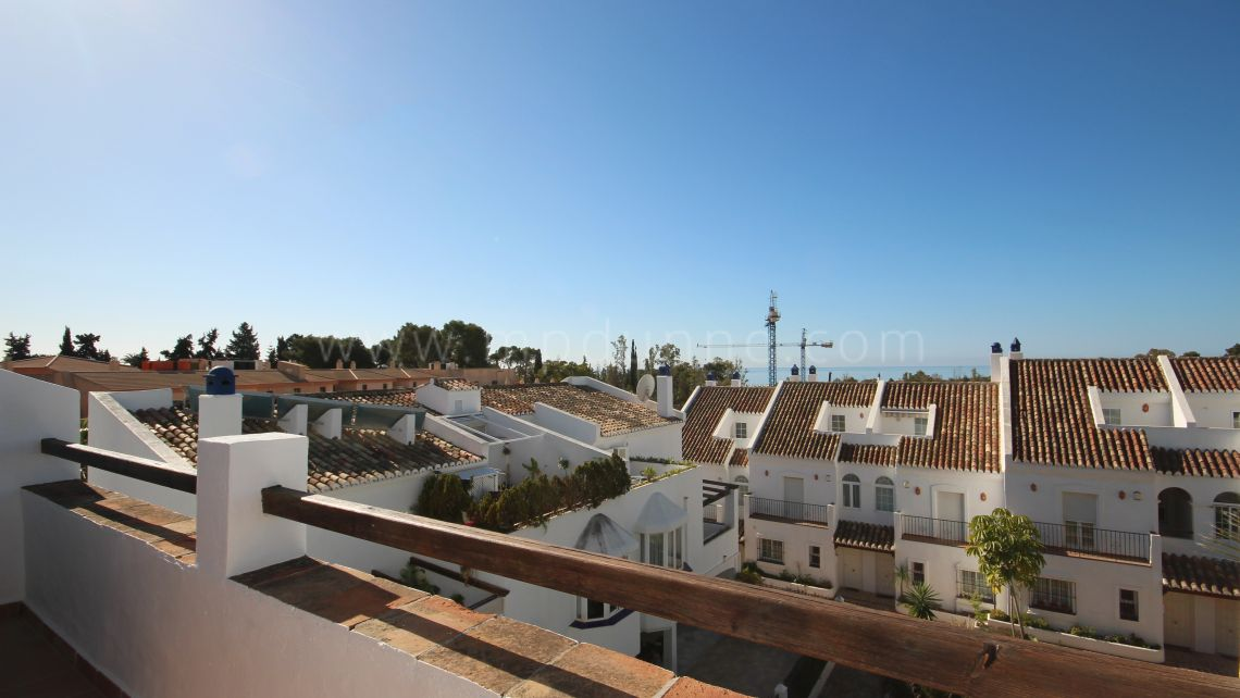 Family Townhouse in Marbella Golden Mile