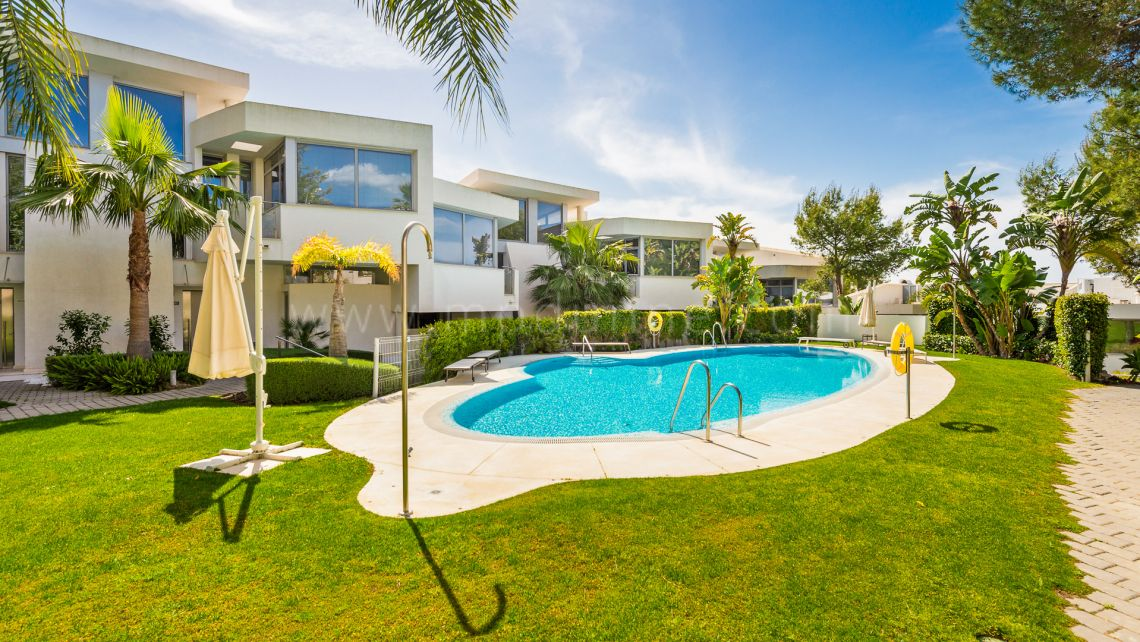 Marbella Golden Mile, Meisho Hills, Marbella, 4 bedroom townhouse long term rental