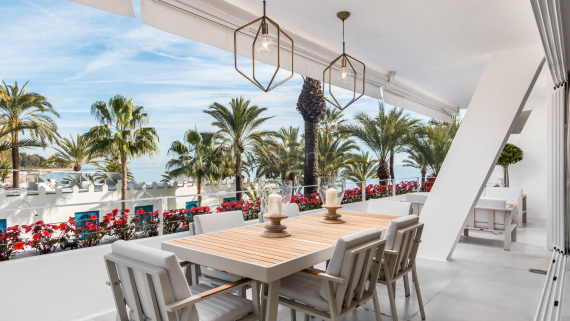 Mille d'Or à Marbella, Superbe appartement moderne à Port Oasis, Golden Mile