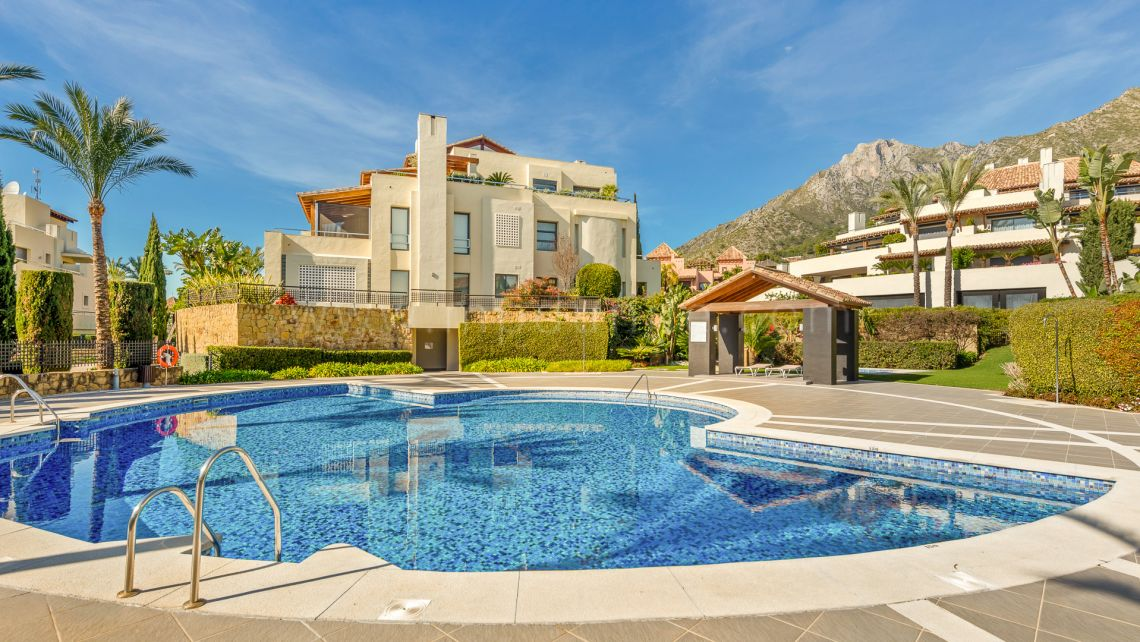 Marbella Golden Mile, Ground floor apartment in Imara, Sierra Blanca