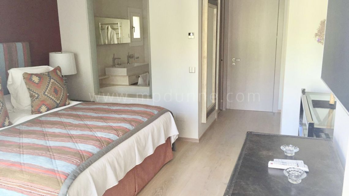 Renovated apartment in Hotel Puente Romano