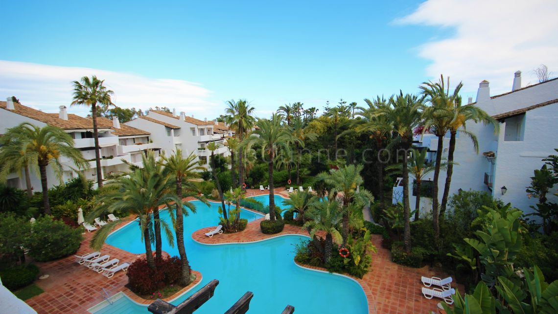 Marbella Golden Mile, Penthouse Apartment in Puente Romano, Marbella