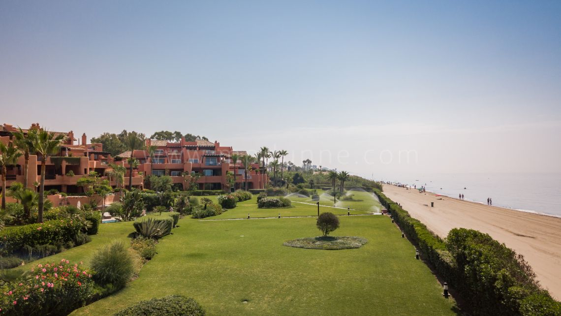Marbella East, Bank Sale Front LIne Beach ground floor Apartment Marbella