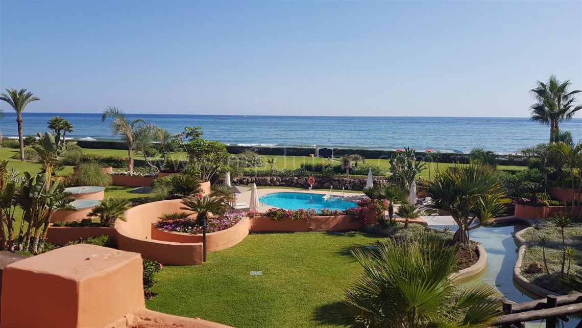 Marbella East, Front LIne Beach Penthouse Apartment Marbella