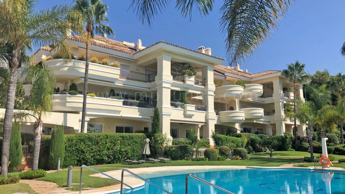 Mille d'Or à Marbella, Superbe appartement moderne à Monte Castillo, Golden Mile, Marbella