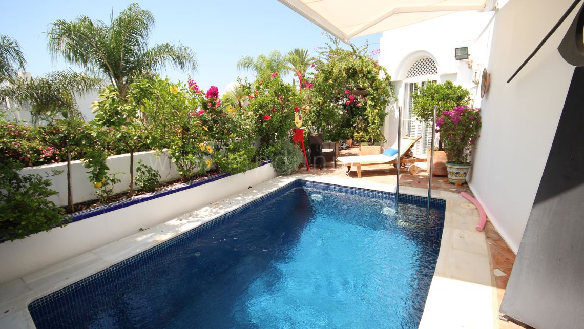 Marbella Golden Mile, Apartment in Jardines Colgantes, Marbella Hill Club