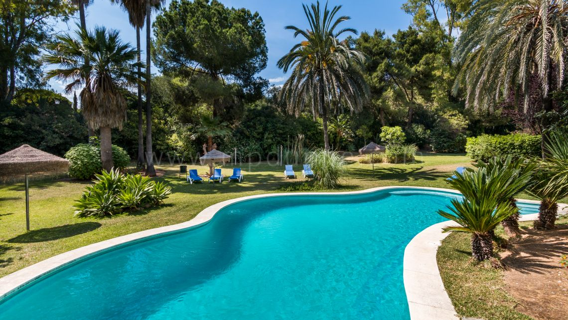 Marbella Golden Mile, Kings Hill Golden Mile 2 Bedroom Renovated Apartment in Marbella