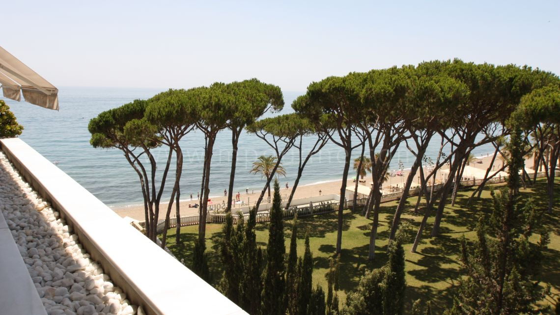 Marbella Golden Mile, Frontline beach stunning apartment in Golden Mile, Marbella