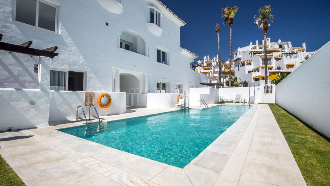 Nueva Andalucia, Ivy Residences, Nueva Andalucía, Newly Refurbished Apartments