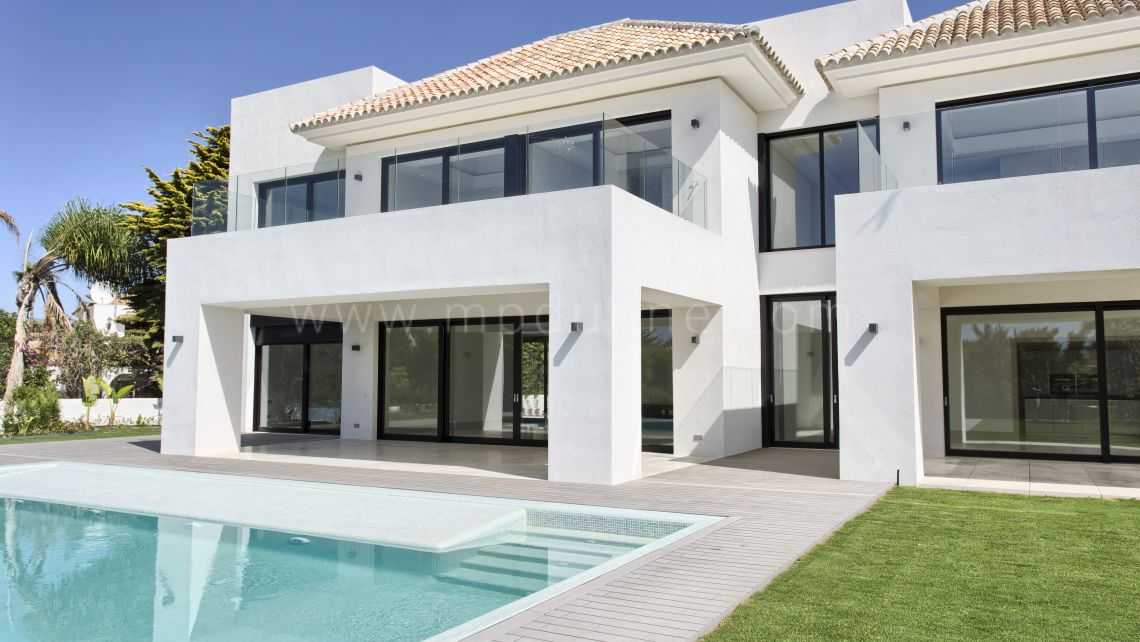 San Pedro de Alcantara, Casasola, Guadalmina Baja, Brand New Contemporary Villa under construction