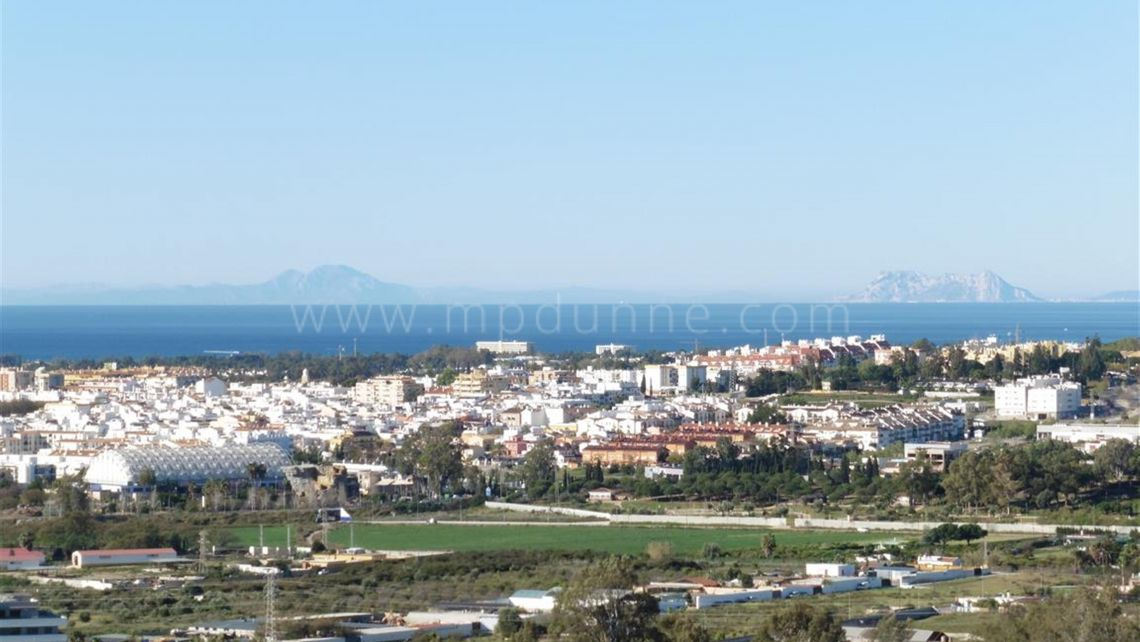 Nueva Andalucia, Magna Marbella, Nueva Andalucía, Apartment 4 bed with magnificent sea views