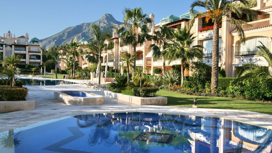 Marbella Golden Mile, Marbella, Lomas de Sierra Blanca, Ground Floor Apartment