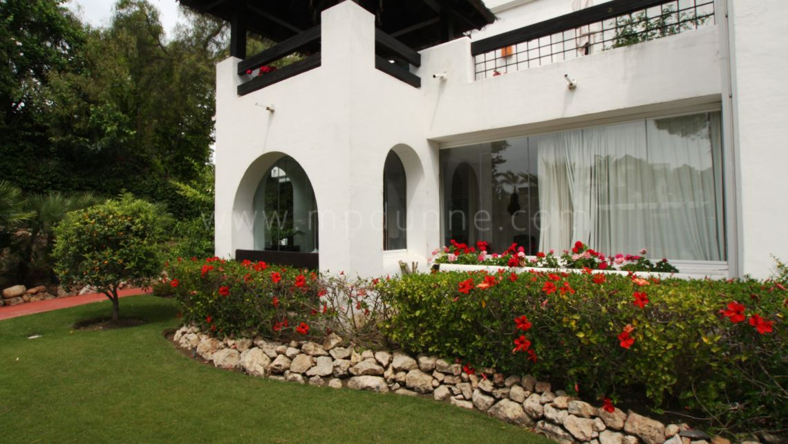 Marbella East, Beautiful Ground Floor apartment in a gated community in Rio Real