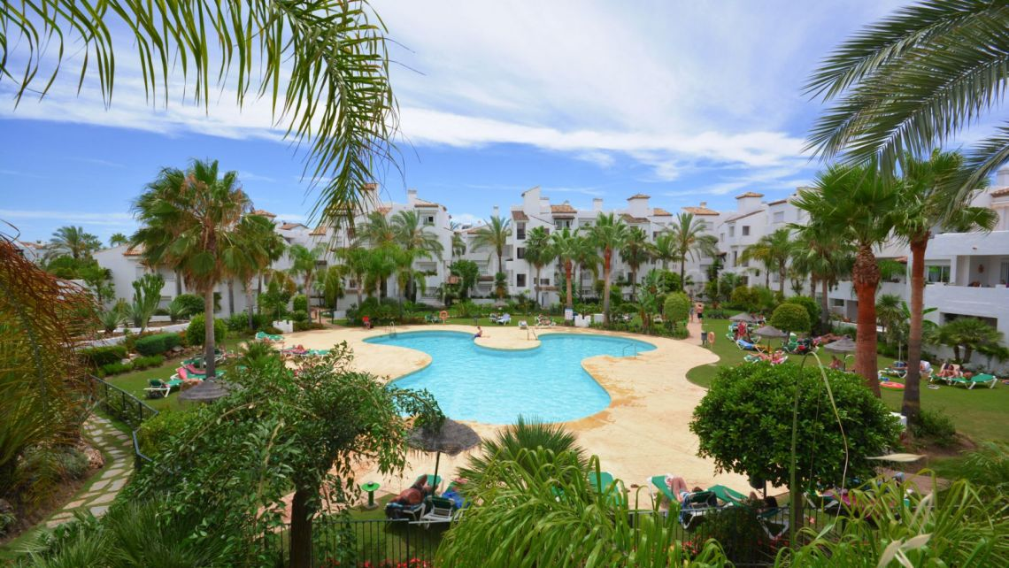 Estepona, Luxury 2 bedroom apartment in Costalita