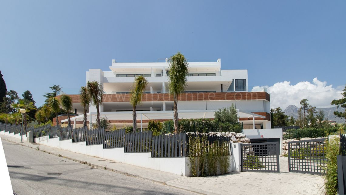 "Marbella Golden Mile, Luxury apartments ""Señorio de Vasari"" in the heart of Golden Mile"