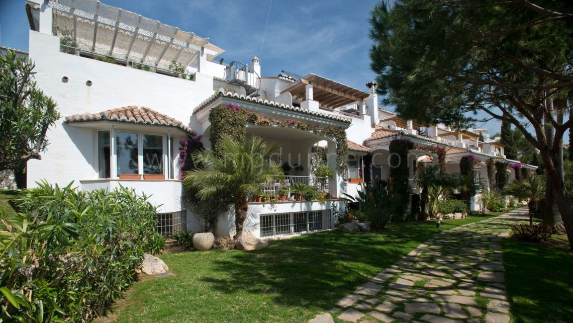 Marbella Golden Mile, Townhouse in the prestigious urbanization of Señorio de Marbella