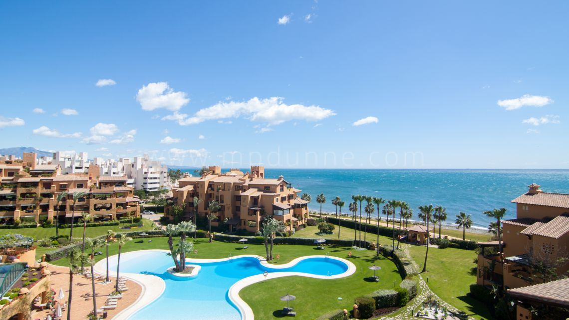 Estepona, Spectacular duplex penthouse for sale in Los Granados del Mar, Estepona