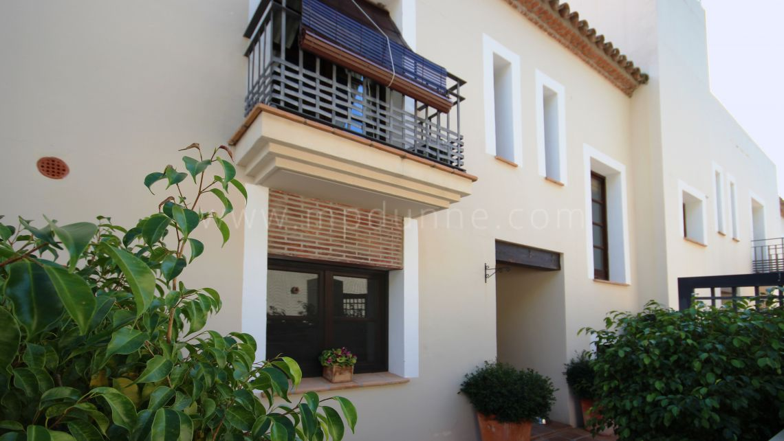 Benahavis, Beautiful townhouse in El Casar, Benahavís