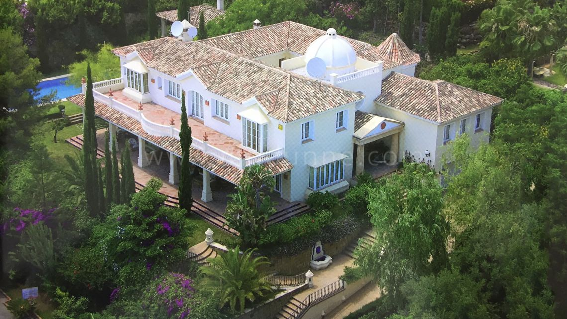 Marbella Golden Mile, 6 bedroom Villa with panoramic views in Sierra Blanca