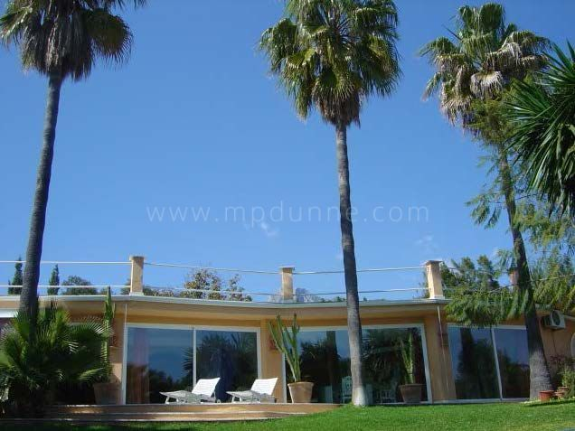 Marbella Golden Mile, Villa for Sale in Rocio de Nagueles, Marbella Golden Mile