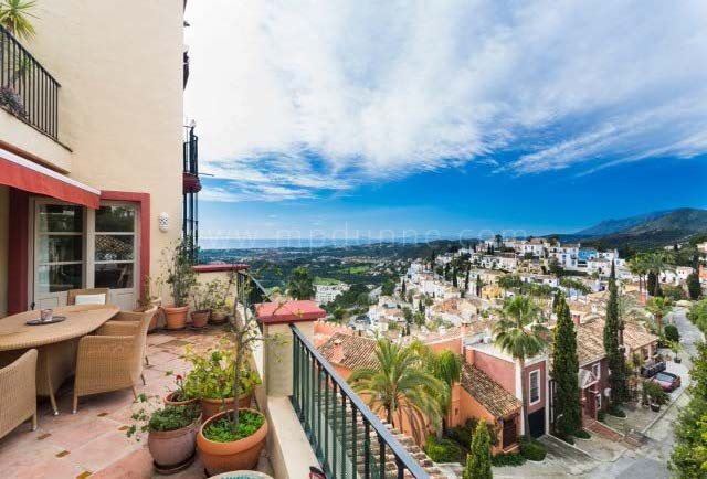 Benahavis, Charming Townhouse For Sale in La Heredia, Benahavis