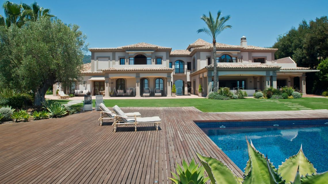 Benahavis, 7 bedroom Villa with Panoramic Sea Views in La Zagaleta