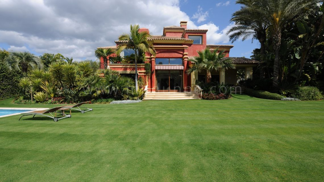 Marbella Golden Mile, Marbella, Golden Mile, Spectacular Classic and Elegant Villa