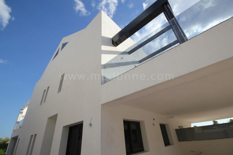 Marbella Golden Mile, Villas for Sale in Marbella Golden Mile