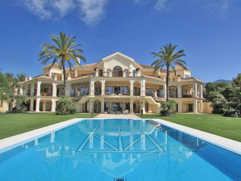 Marbella golden mile elegant luxury mansion for rent front line beach