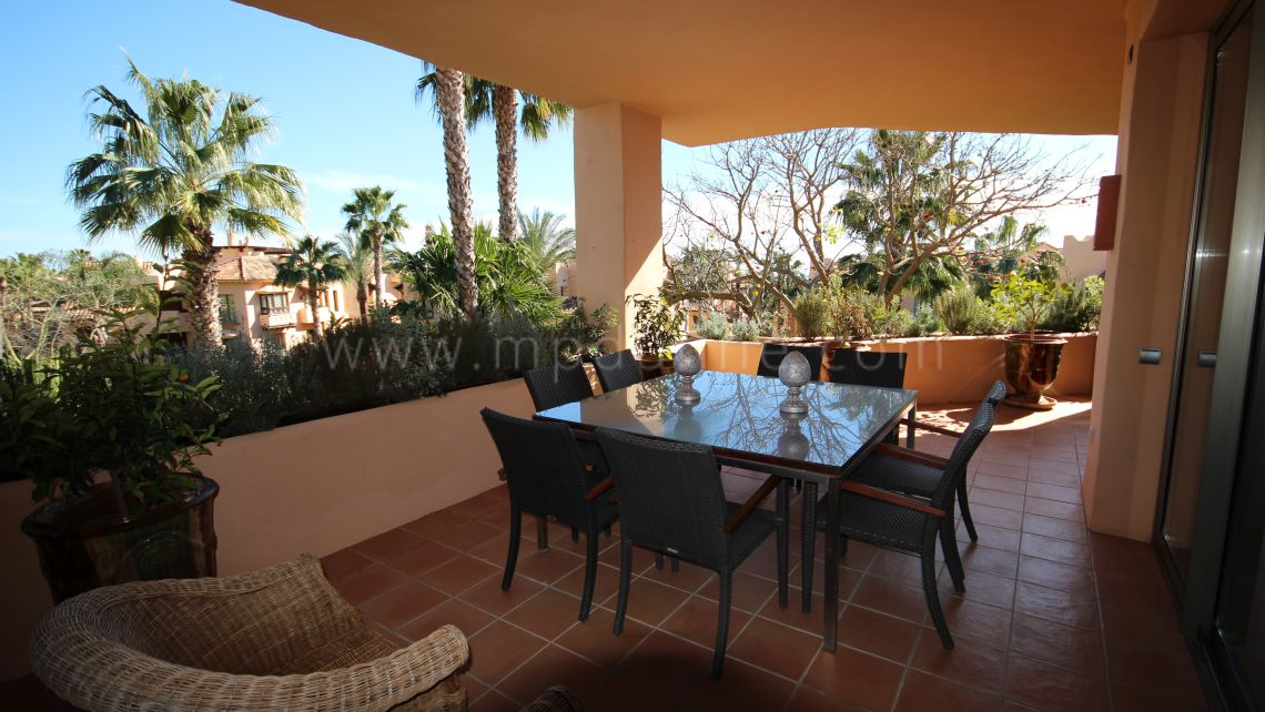 Marbella Golden Mile, Luxury apartment for sale in Mansion Club