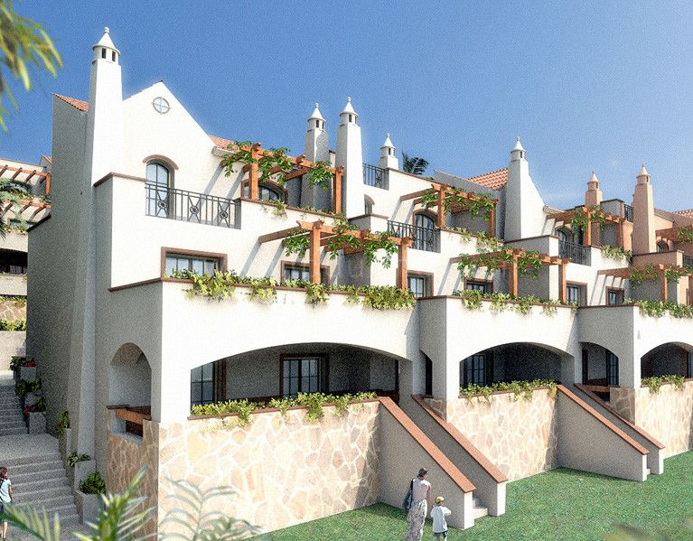 Aloha Royal - Development in Aloha, Nueva Andalucia