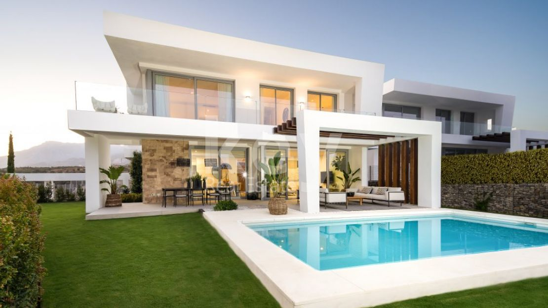 New modern villa with sea views for sale in gated community Santa Clara, Marbella
