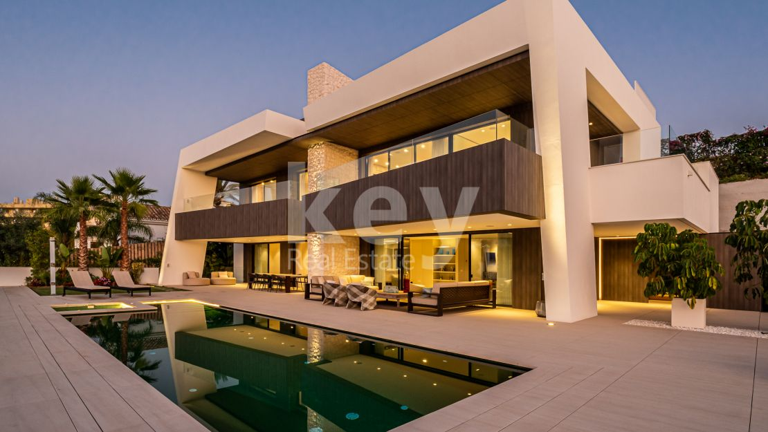 New modern villa close to Los Naranjos Golf in Nueva Andalucia, Marbella